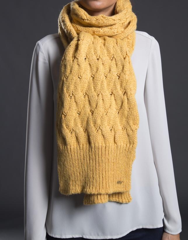 charpe tricot moutarde