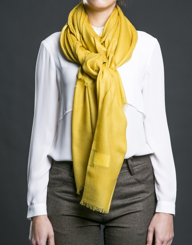 Plain mustard foulard