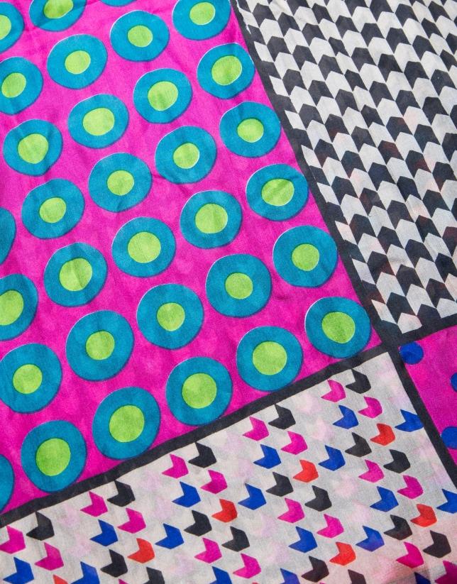 Red geometric print  foulard