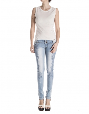 Embroidered jeans pants