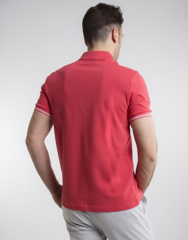 Polo en piqué rouge à contraste