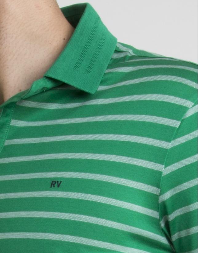 Polo vert à rayures en écru