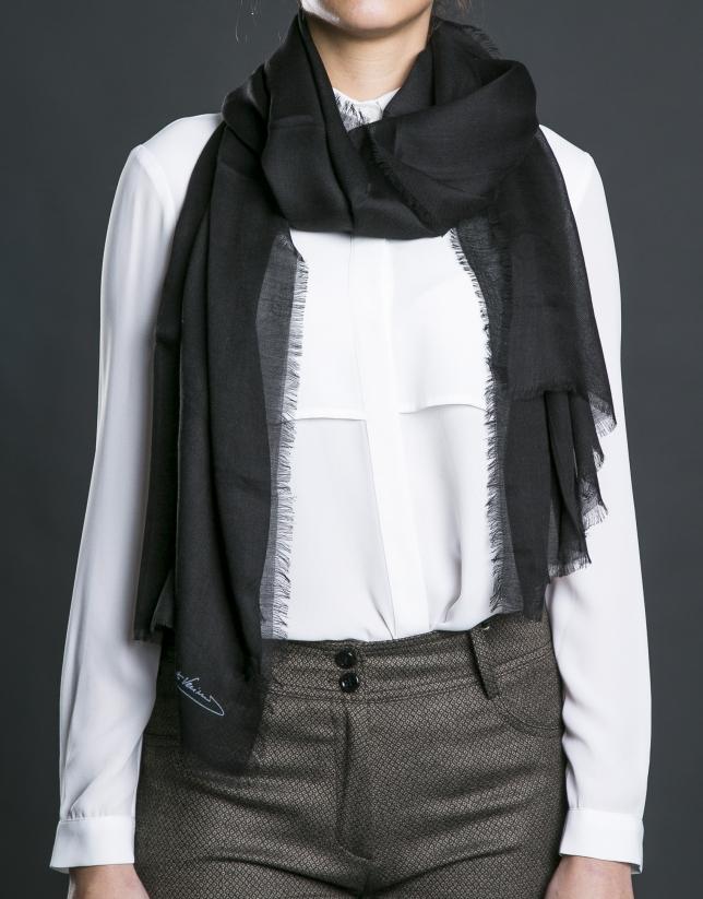 Plain black foulard