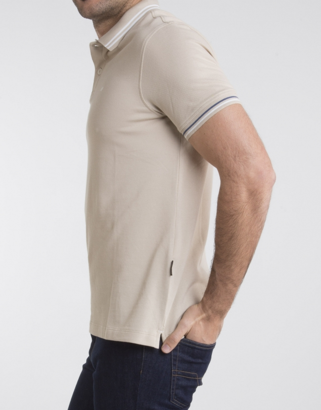 Beige pique polo with beige contrasts