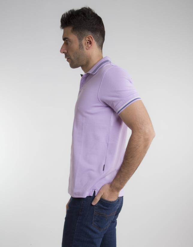 Mauve pique polo with beige contrasts
