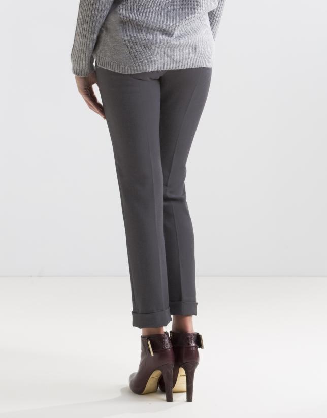 Pantalón vivo bolsillos gris