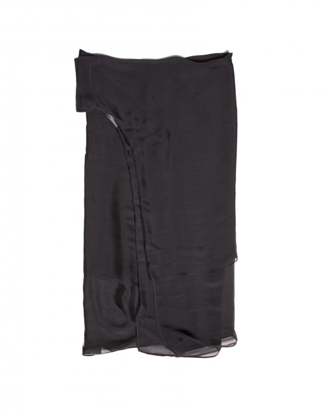 Etole à manches, en soie noir