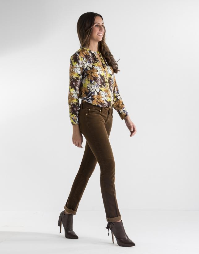 Pantalon en velours uni marron