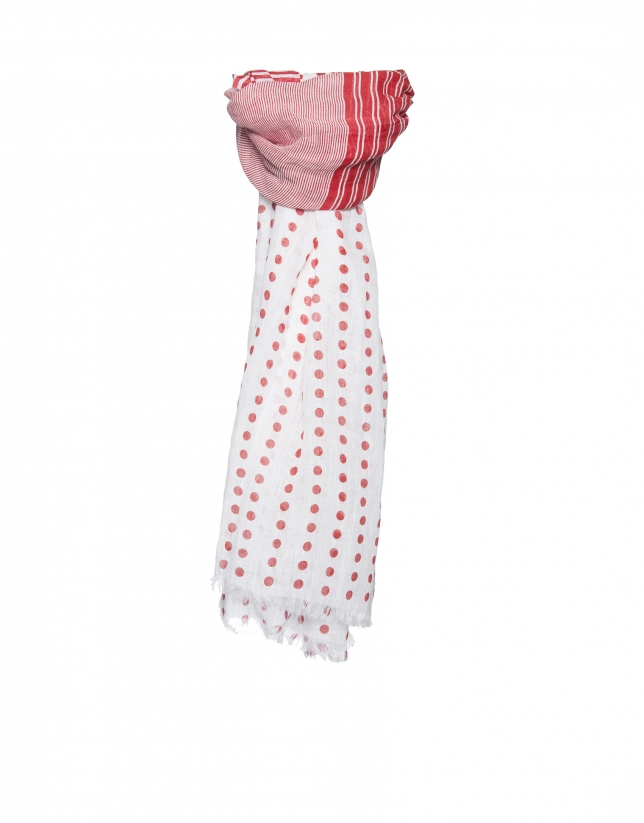Red dotted scarf
