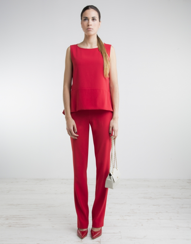 Red pants with wide waist