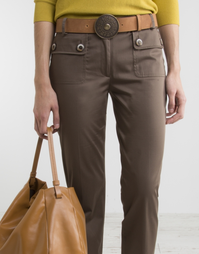 Green khaki pants