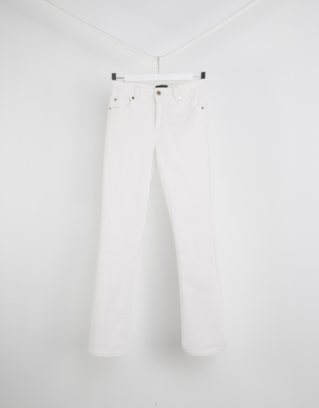 White bell-bottomed pants