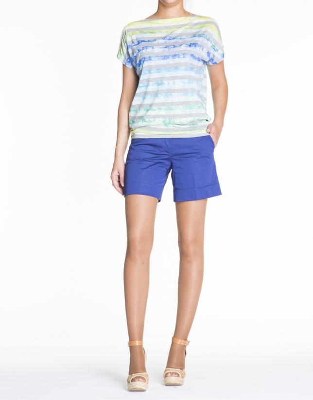 Pantalón corto azul klein