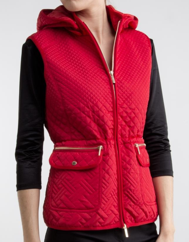Chaleco con capucha rojo