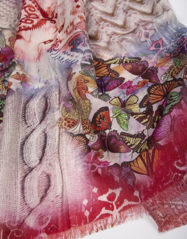 Etole à motifs papillons.