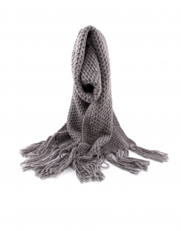 Knit scarf with dots and fringe