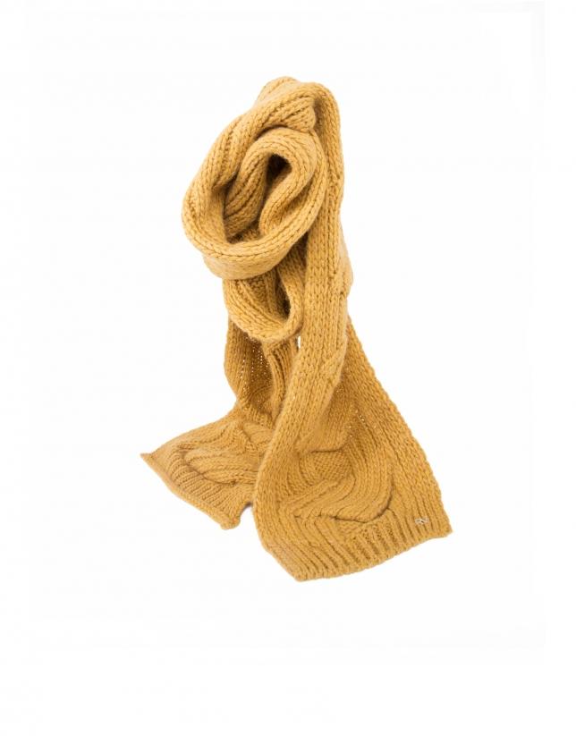 Echarpe tricot moutarde
