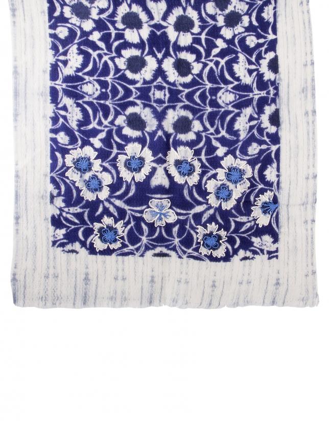 Foulard bordado azul