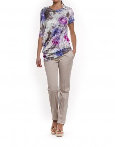 Camiseta larga con bajo asimétrico