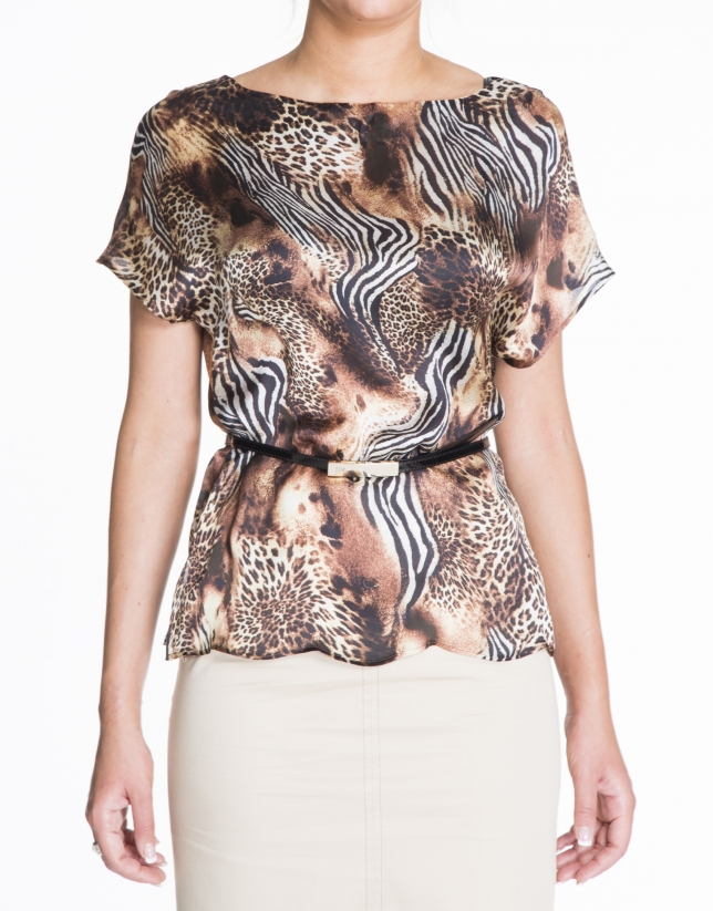 Loose animal print silk blouse.
