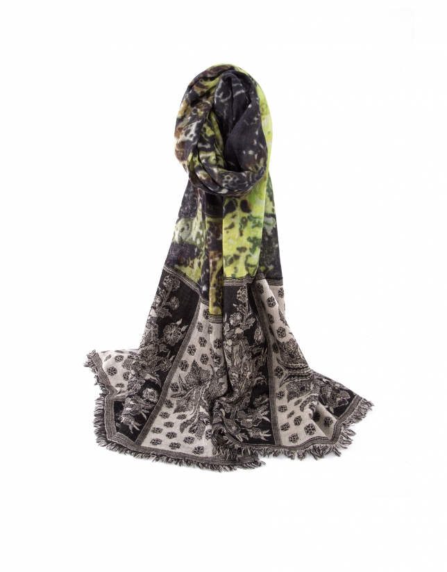 Green jacquard scarf