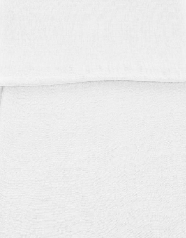 tole blanche en soie