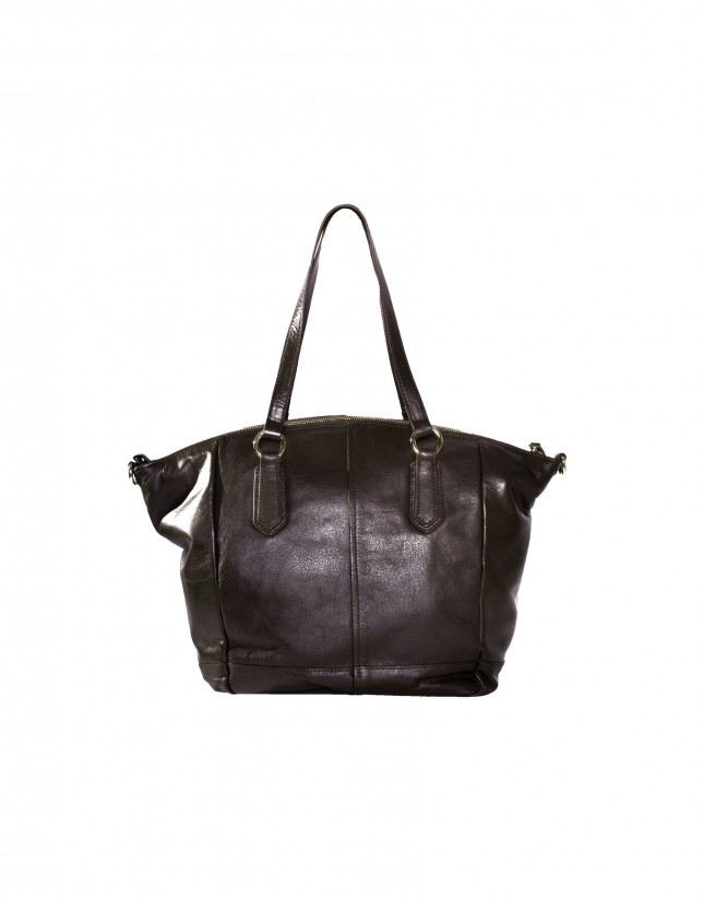 Large leather tote in brown