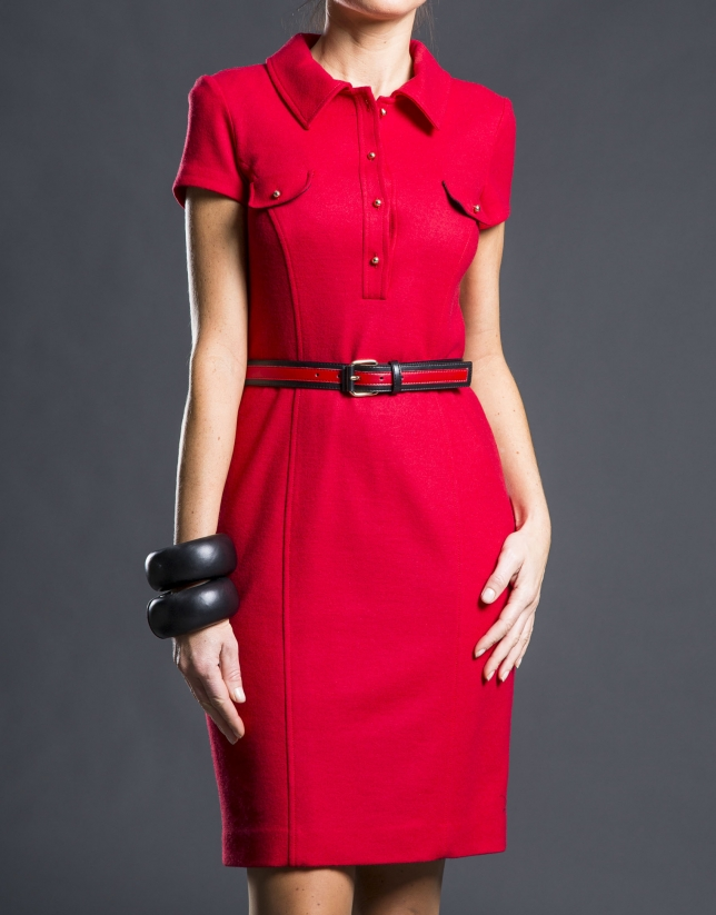 Robe chemise cintrée rouge