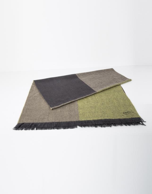 Foulard uni en laine vert et beige