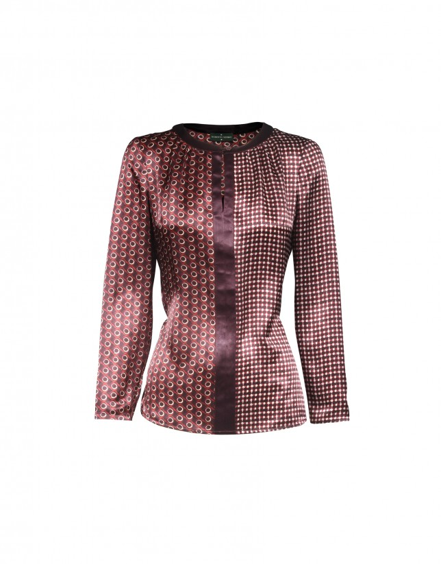 Silk blouse in bordeaux print