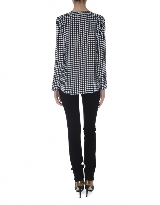 Hounds tooth print blouse