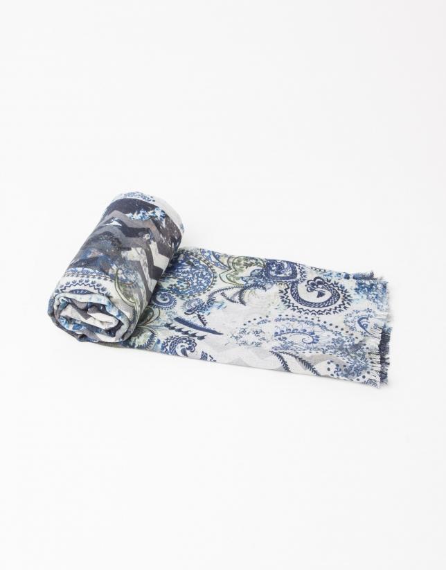 Foulard en laine et soie imprimé