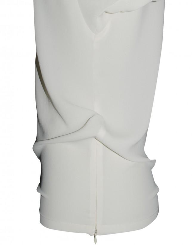 Ivory round neck blouse