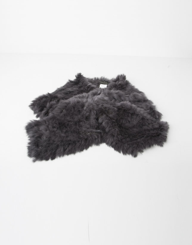 Grey fur collar scarf