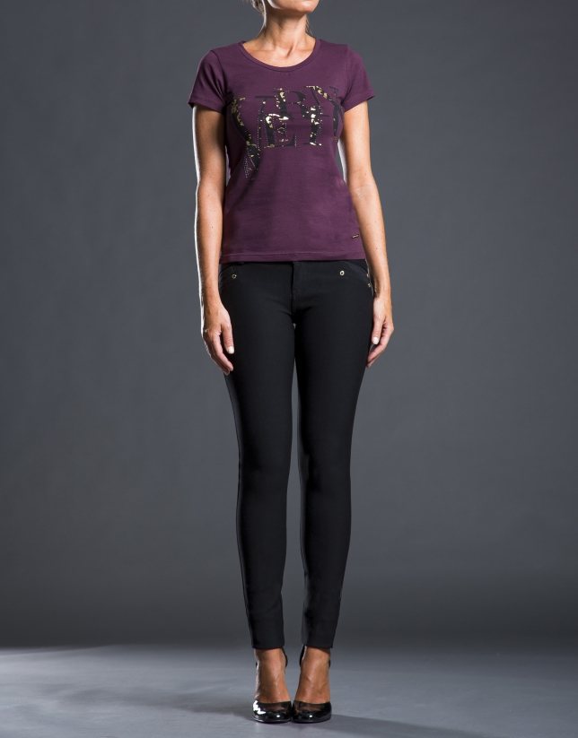 Fuchsia t-shirt with RV logo