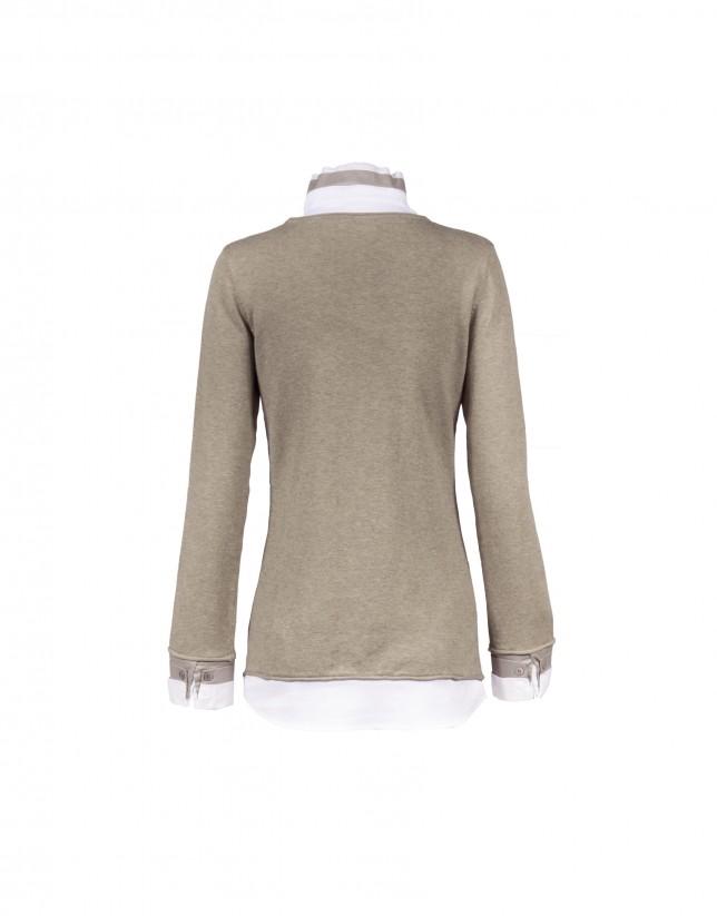 2 en 1: camisa blanca camiseta punto beige