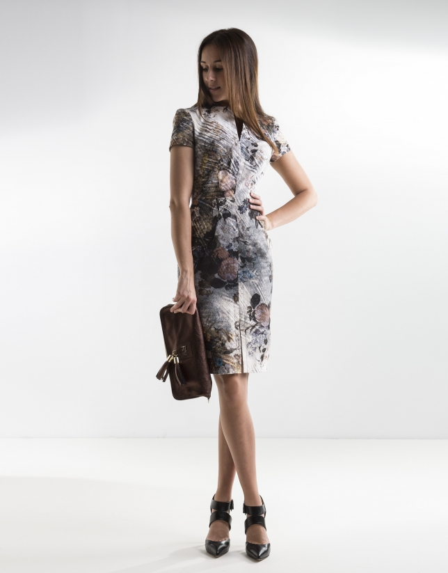 Short-sleeved floral print dress