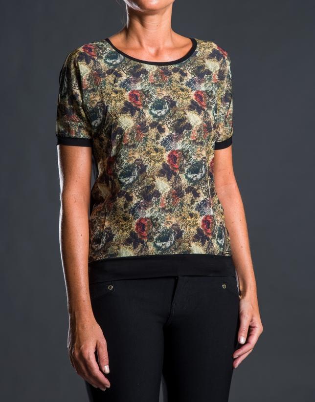 Tee-shirt à motif floral en contraste