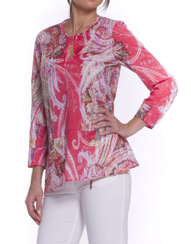 Long sleeve shirt with round neck