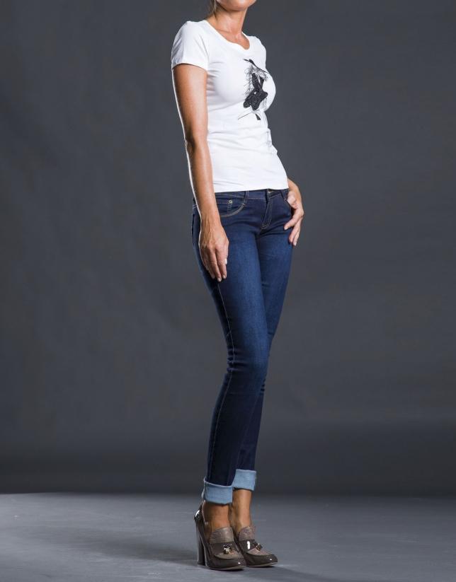 Camiseta blanca estampación lentejuelas