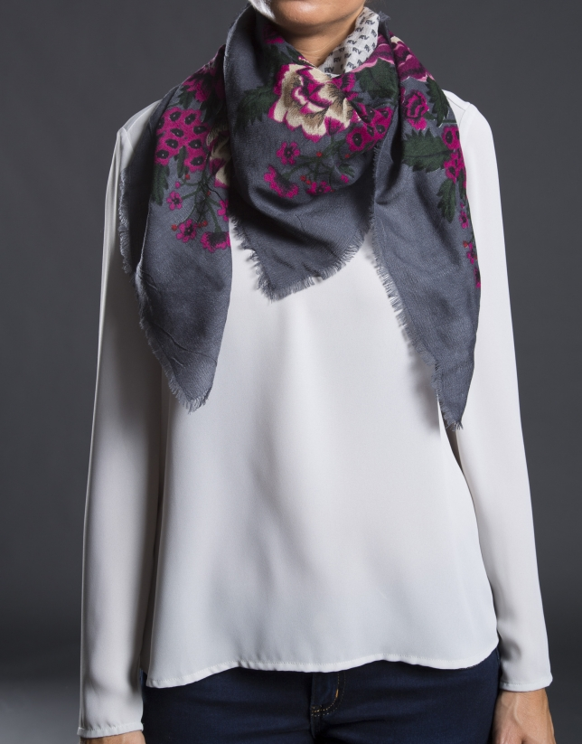 Pink RV scarf