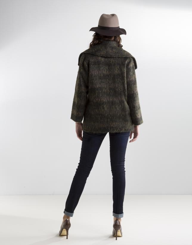 Abrigo cuello solapa gris