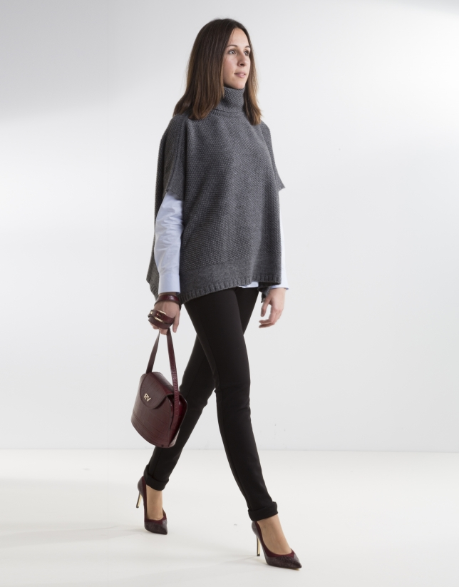 Gray poncho with collar