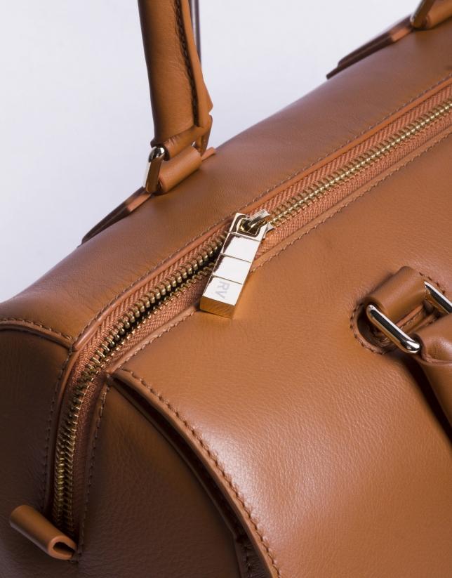 CARMEN CARAMELO:  Napa bowling bag