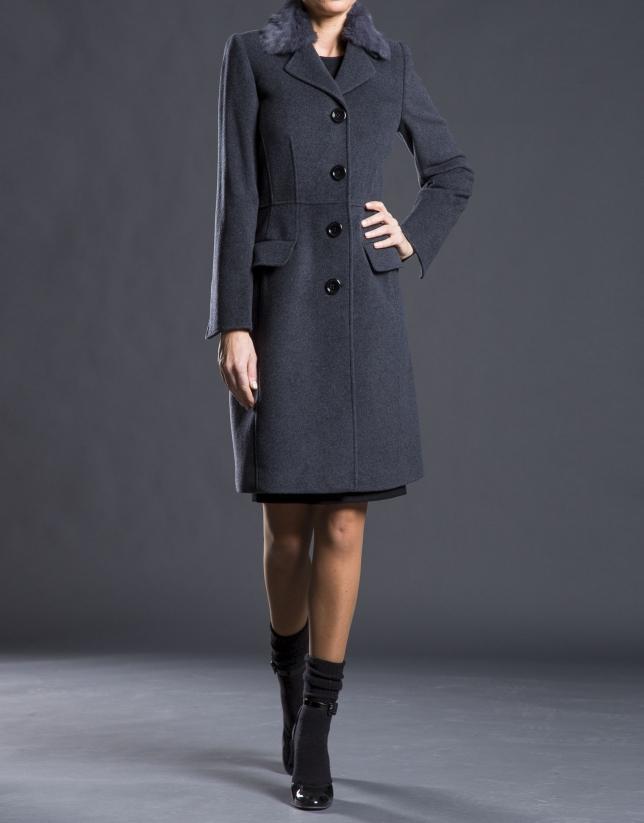 Manteau gris, col en poil de lapin