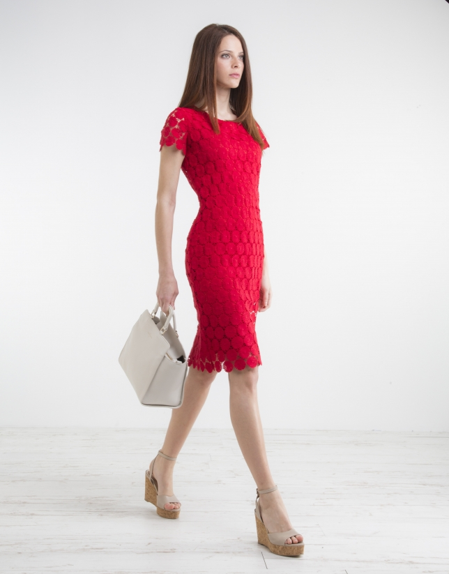 Red short-sleeve lace dress