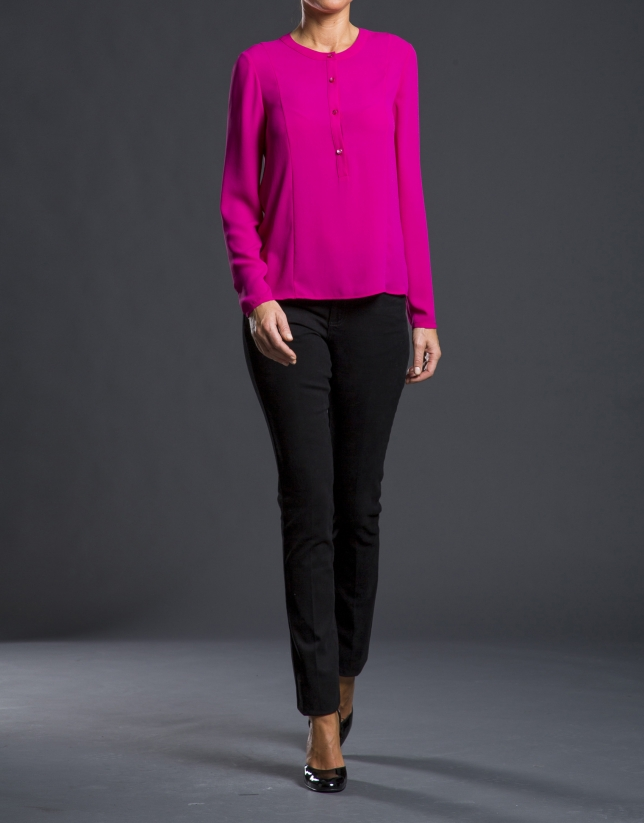 Fuchsia crew neck shirt