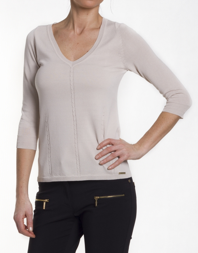 Pull manches longues encolure V