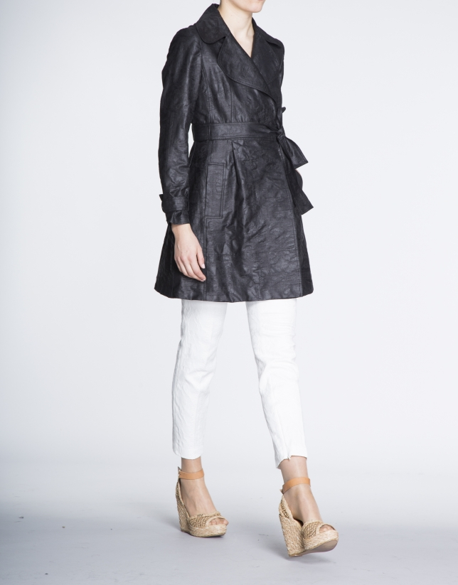 Black tech flowing trench