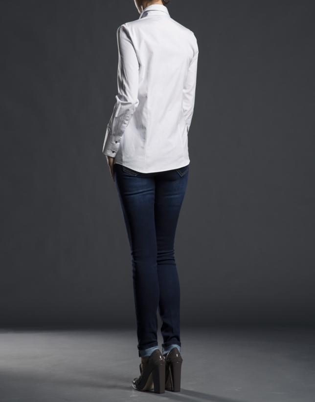 Camisa  gris sopata pasamanería